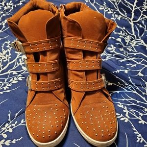 N/A Shoes - Heeled Studded Sneakers